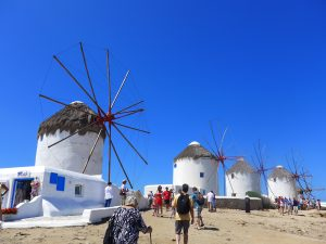 vegancruiser at Mykonos windmills