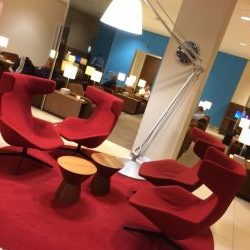KLM Schiphol Amsterdam layover Lounge breakfast area