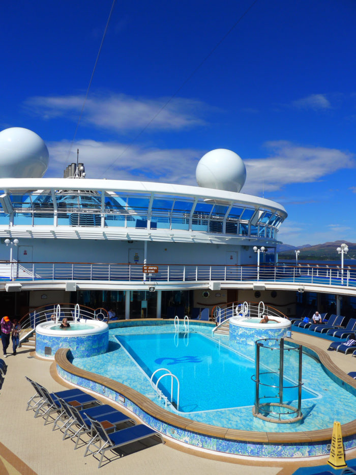 Caribbean Princess pool
