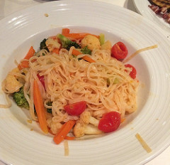 Royal Caribbean vegan pasta dinner