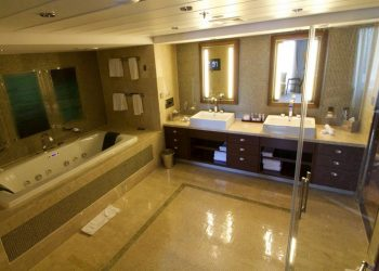 celebrity eclipse penthouse suite bathroom