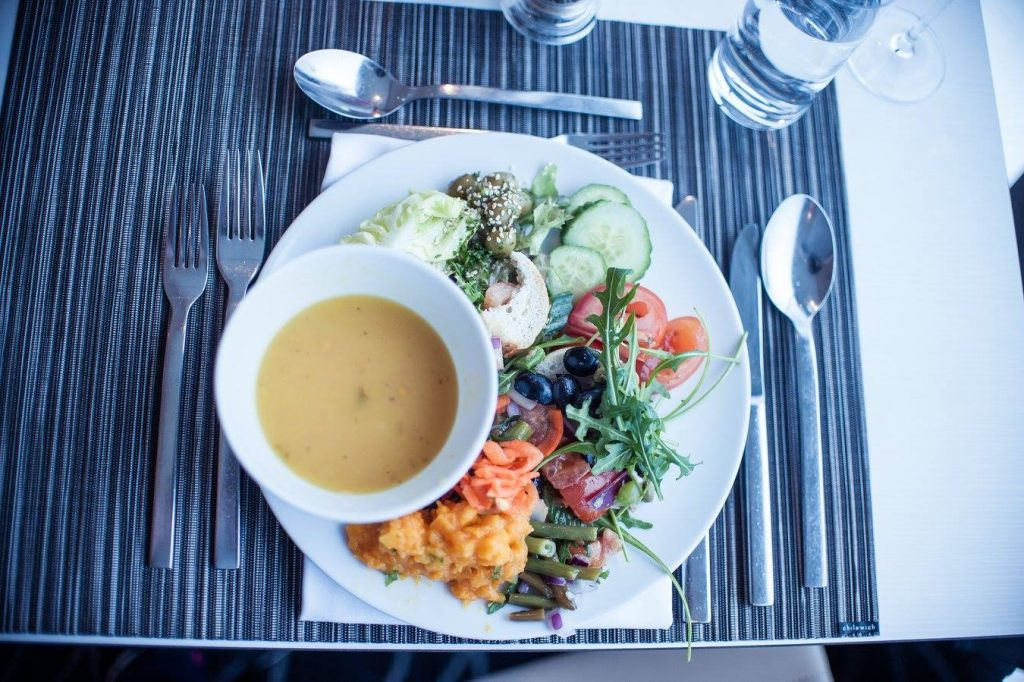 Emerald Waterways Vegan Travel all vegan cruise lunch by Tara Gillen Photography
