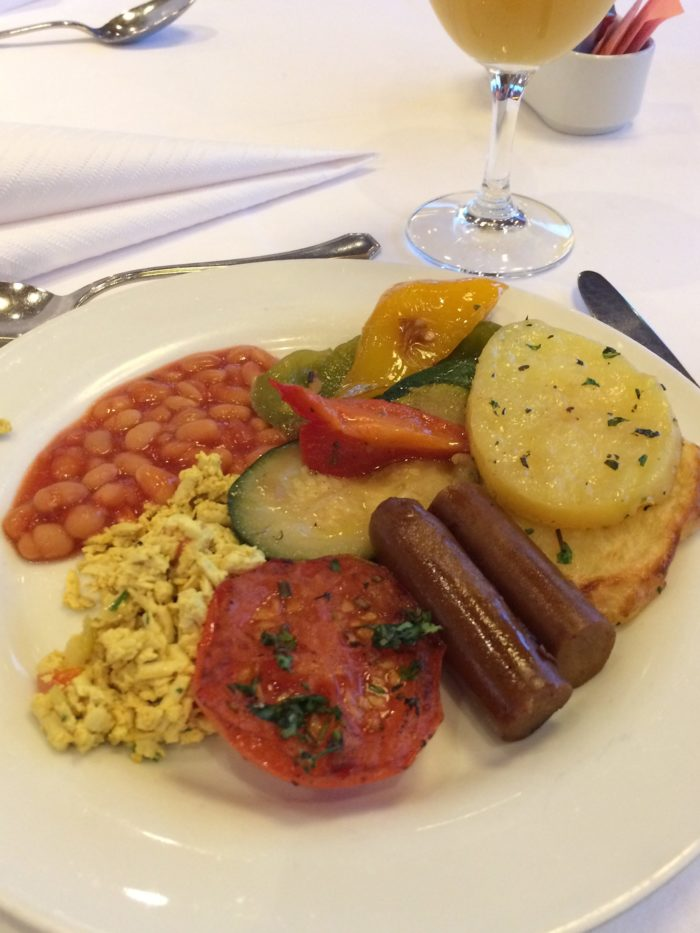 Vegan Travel river cruise breakfast plate