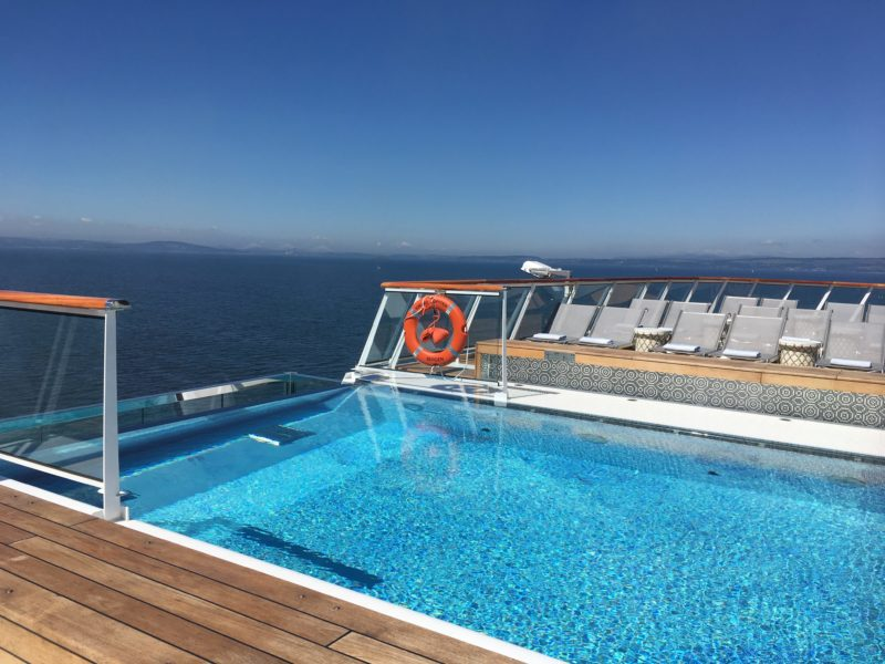 Viking Jupiter aft terrace infinity pool