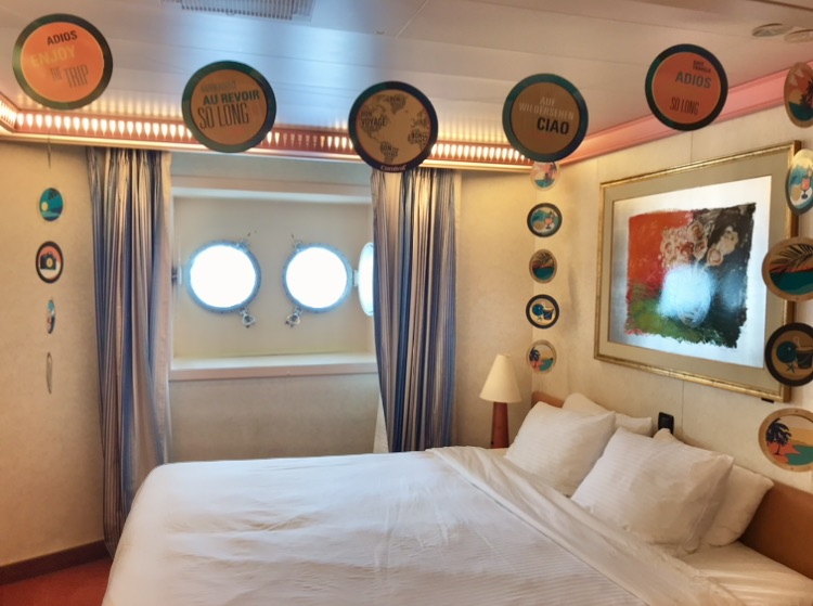 choose the best cabin Carnival porthole PT for value